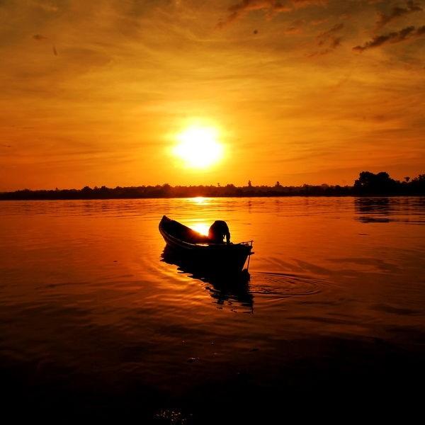Sunrise with kelotok